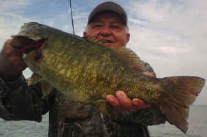 Lake Erie small mouth bass fishing charter